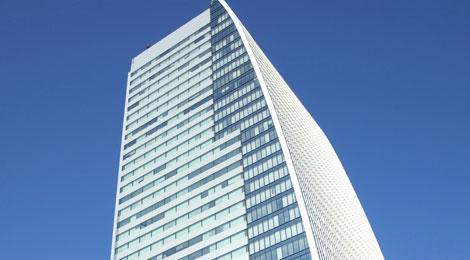 ルーセントタワーの写真